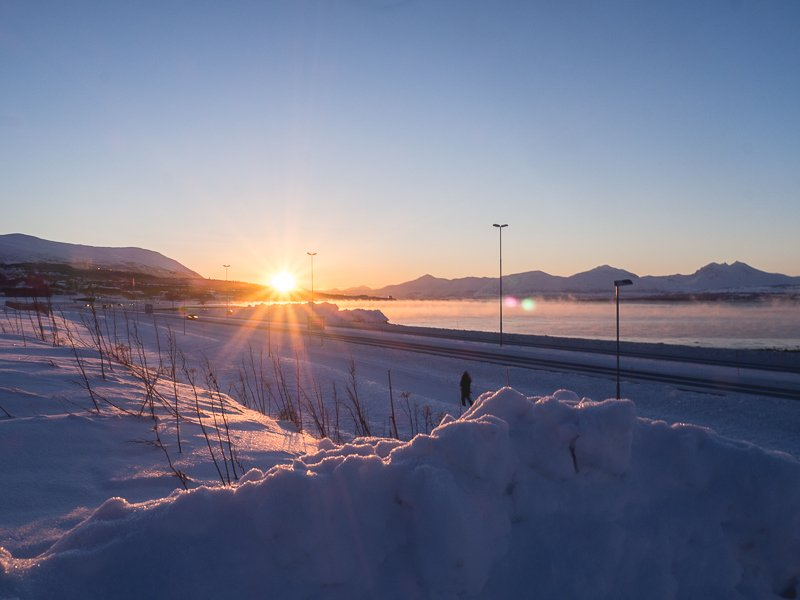 Słońce Tromso Norwegia