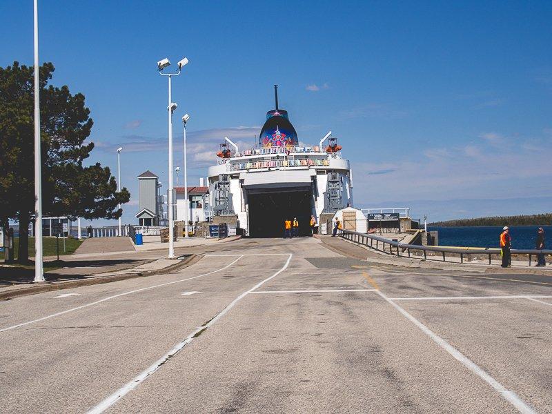 Bruce Peninsula Park Canada Ferry